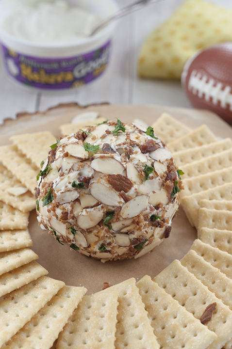 Easy, Creamy Buttermilk Ranch Bacon Cheese Ball loaded with cheese, bacon and coated with sliced almonds - a quick appetizer recipe for any occasion ready in 10 minutes or less!