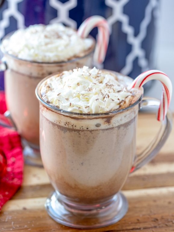 Slow Cooker Peppermint Mochas: a great hot drink recipe to serve at a holiday or winter party & an absolute must-have for this time of year! Throw it all in your crock pot & it's ready in just 2 hours!