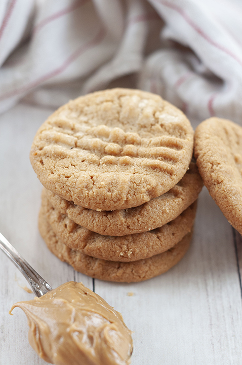 Three Ingredient Peanut Butter Cookies: fast, easy gluten-free dessert recipe you can throw together for company with just a few steps and simple ingredients!