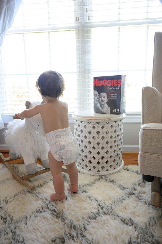 Huggies No Baby Unhugged Program makes donations to U.S. families in need who struggle to provide diapers for their babies!