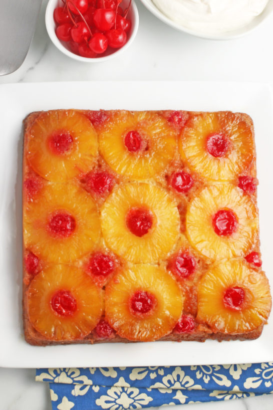 A top down view of our finished pineapple upside down cake recipe.