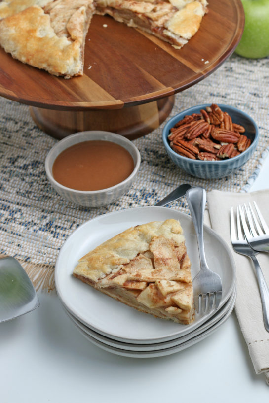 Easy Apple Crostata recipe is a simple, rustic tart filled with sweet apple filling and is one of our favorite new ways to enjoy one of your favorite fall fruit!