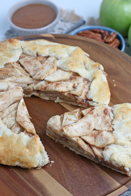 Easy Apple Crostata recipe is a simple, rustic tart filled with sweet apple filling and is one of our favorite new ways to bake with your apples from apple picking!