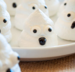 Cute and simple Halloween Boo Meringues are an incredibly fun and easy Halloween recipe for kids for a party! The whole family will love them!