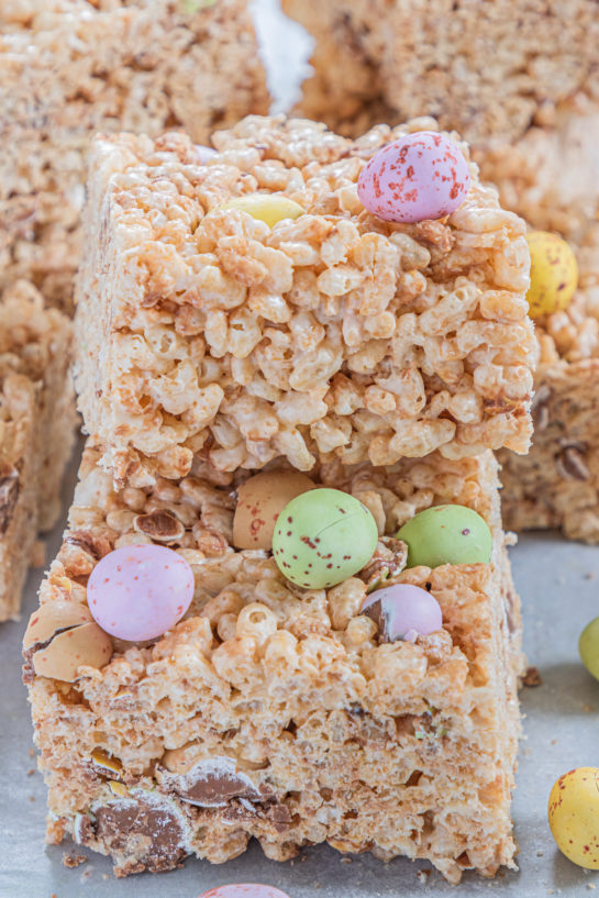 Mini Cadbury Egg Rice Krispie Treats are a deliciously addictive dessert recipe for Easter! They're super easy and fun to make with kids. The perfect Easter sweet treat!